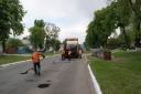 Галерея: Ремонтні роботи доріг 04.05.2016р.